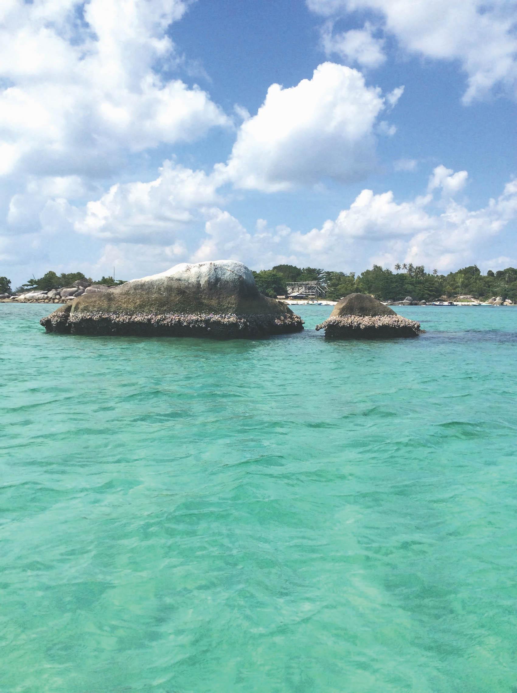 Pantai Kelayang salah satu pantai selama 4 hari liburan di Belitung