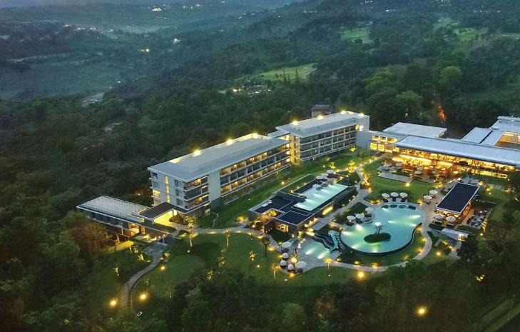 Royal Tulip Gunung Geulis Golf Resort