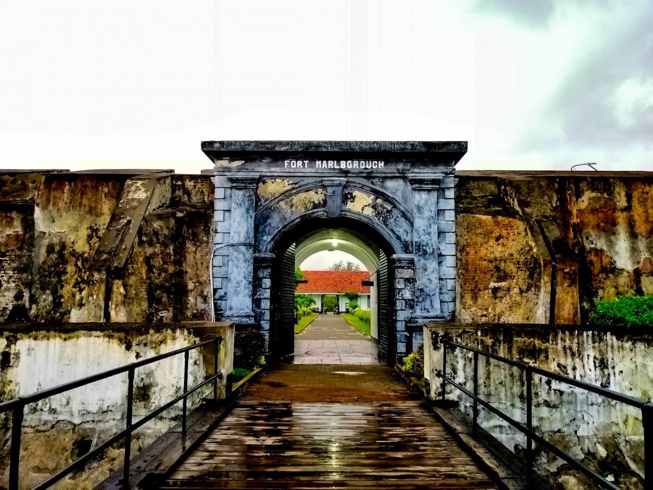 Wisata Kota bengkulu Ke Benteng Marlborought