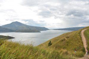 Danau Toba milala wisata unsplash
