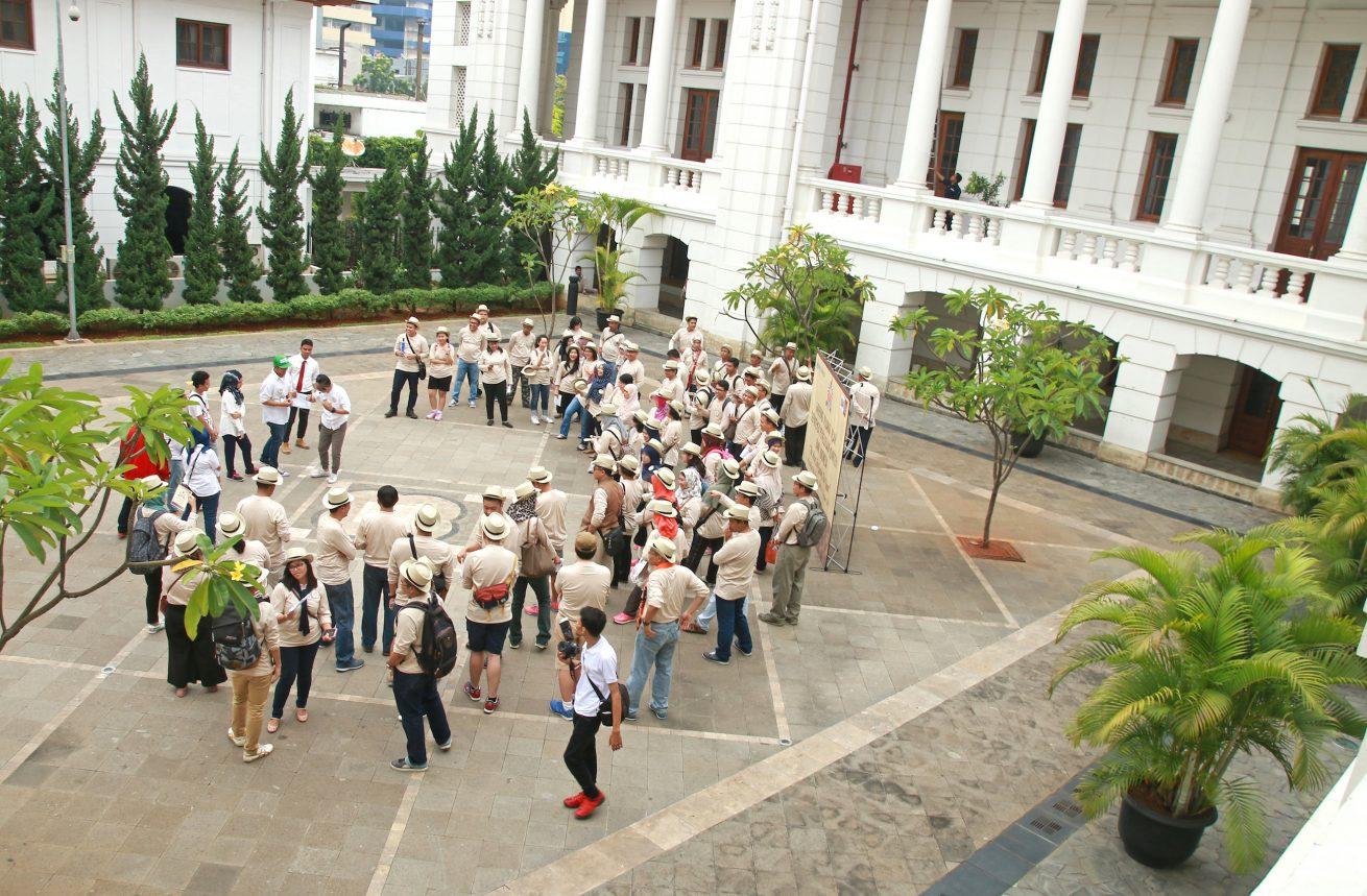 menikmati 1001 kisah negeri sendiri bersama Komunitas Historia Indonesia
