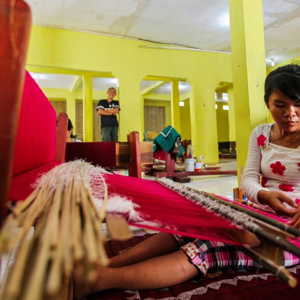 Kain Songket Palembang proses pembuatannya