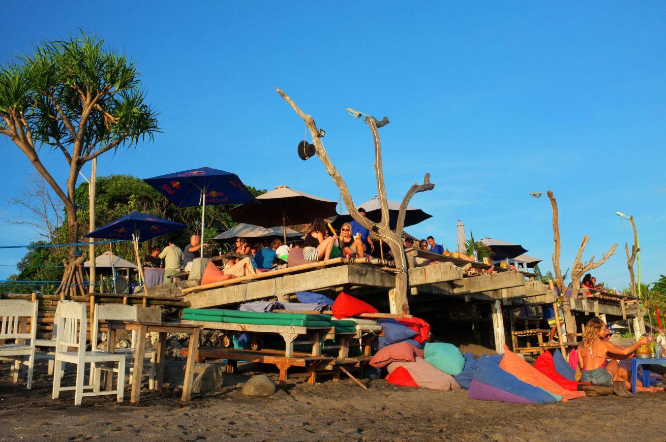 Menyusur Pesisir Selatan Bali Batu Belig