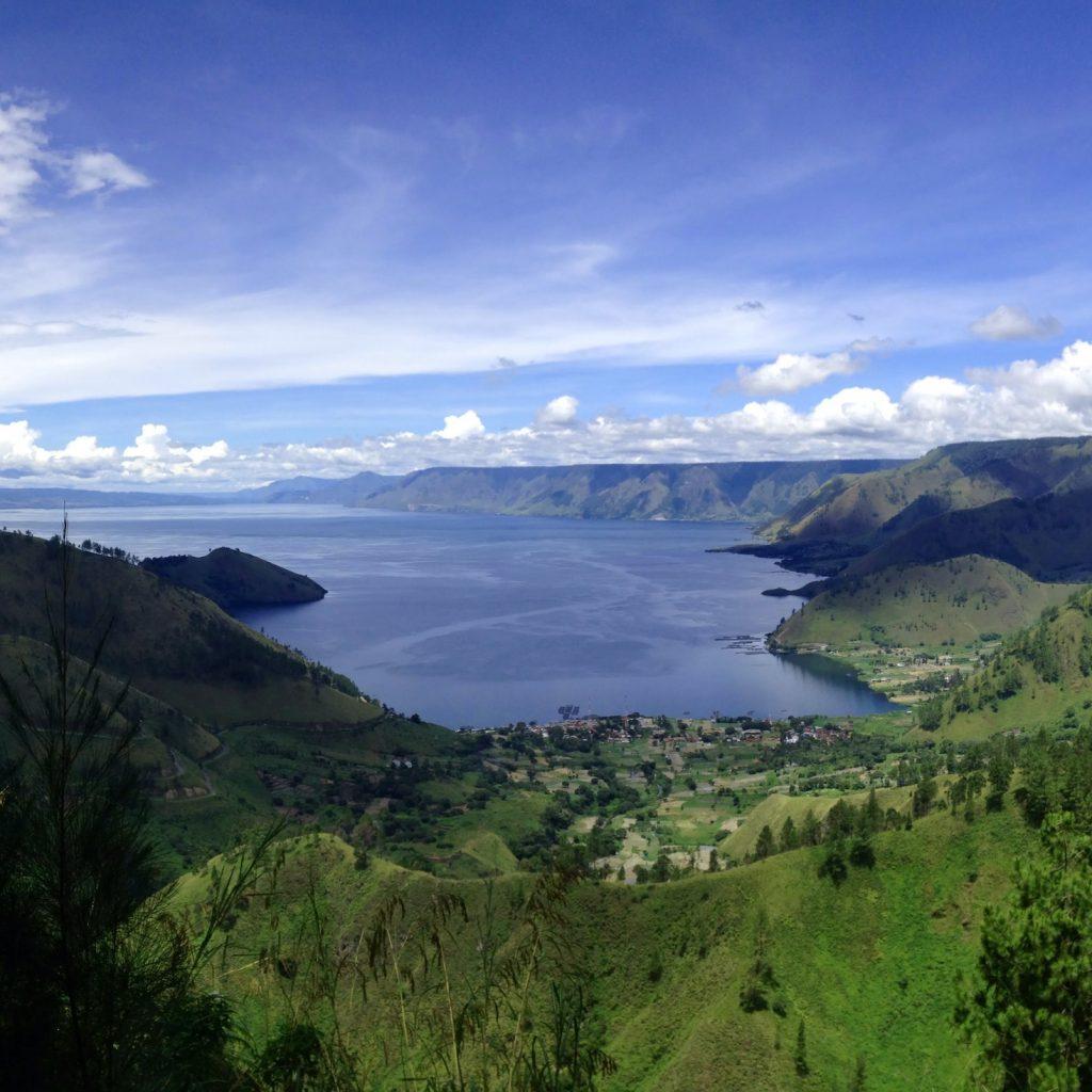 Investasi perkuat pariwisata perlu dilakukan di 5 destinasi super prioritas untuk memulihkan sektor pariwisata dan ekonomi kreatif di Indonesia.