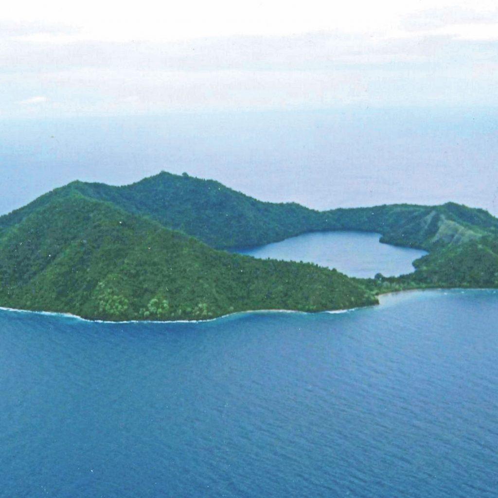 8 danau unik di Indonesia, salah satunya danau Satonda