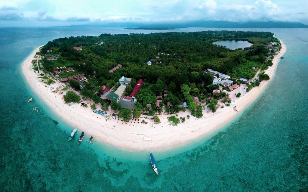 KKP tanam 109 karang buatan di perairan Gili Meno, Lombok Utara, Nusa tenggara Barat. Ini sebagai bagian membangun kebun koral.