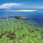 Keunikan 3 pulau yang memukau di Indonesia, mulai dari yang terkecil hingga bentuknya yang unik.