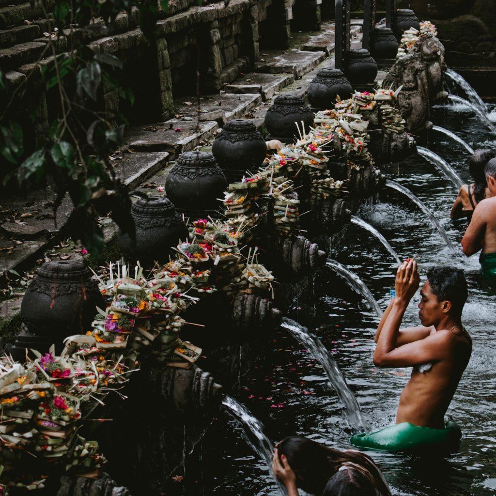 Sejumlah program wisata Bali dirancang untukmembangkitkan kembali perekonomian daerah ini di tahun 2021