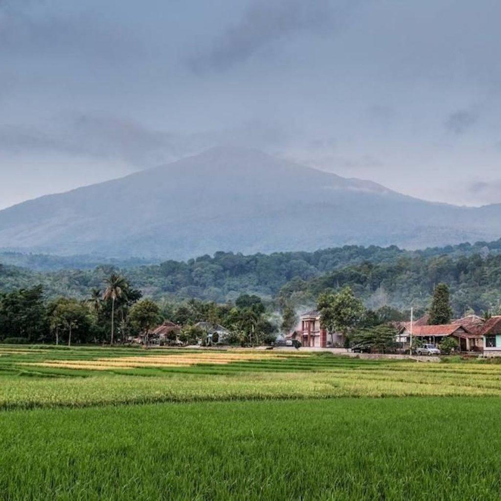 Pengembangan desa wisata Cibuntu didorong melalui keikutsertaan dalam Anugerah Desa Wisata Indonesia (ADWI) 2021.