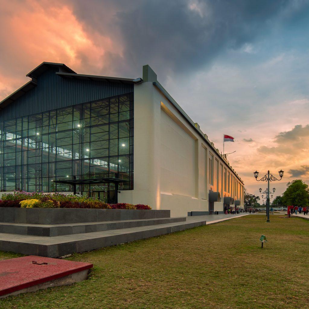 De Tjolomadoe dari pabrik gula merevolusi menjadi museum destinasi wisata unggulan.