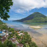 Senja di banda Neira, Maluku Tengah, menikmati sejarah Indonesia.