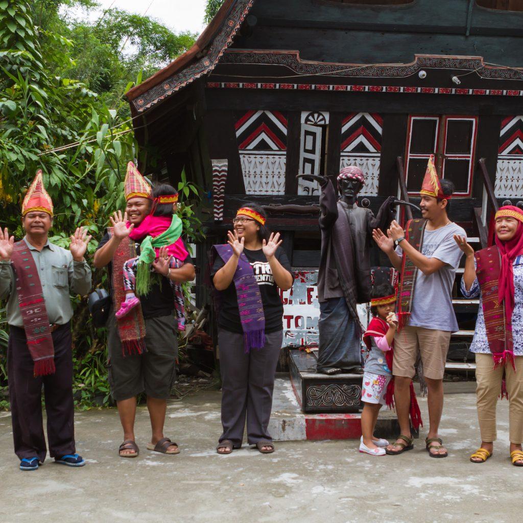Boneka Sigale-gale dari Samosir kini menjadi salah satu atraksi budaya yang menarik perhatian wisatawan.