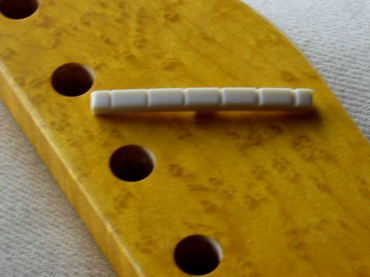 Fender Style Tusq Nut - Fits Stratocaster / Telecaster