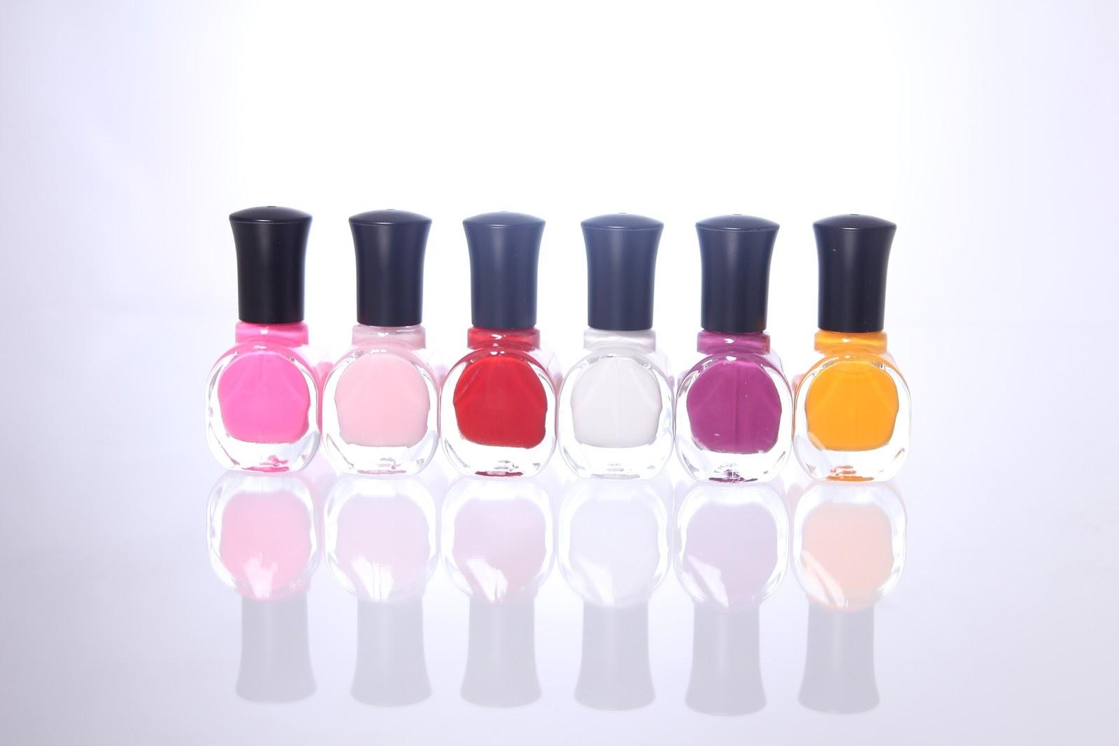 Nail polish by Ellenllyy