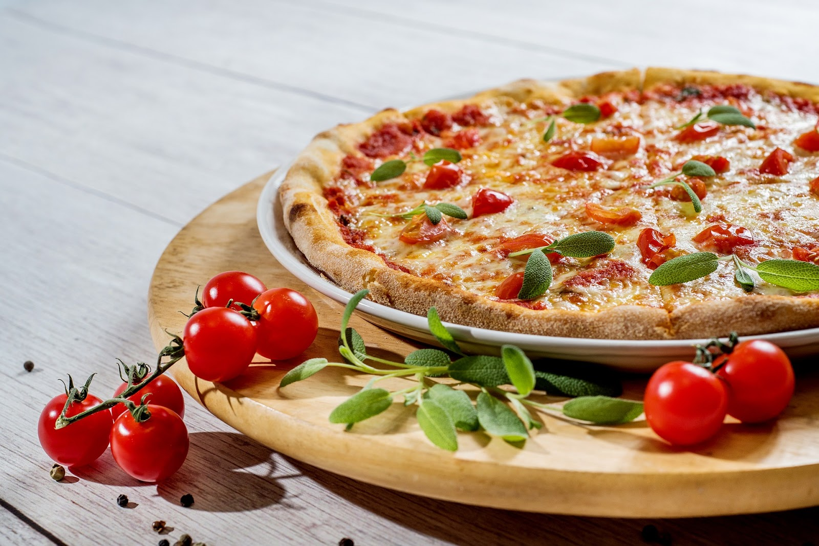 Pizza by Zuzana Gazdikova