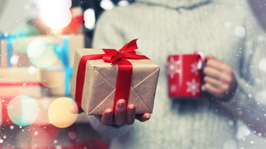 holiday-gift-giving-christmas-present_1543524771659_22280161_ver1.0_1280_720