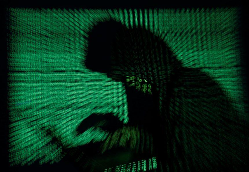 10-18-hackers-smartwatches