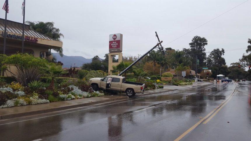 vehicle vs pole