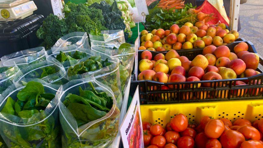 Farmers market Solvang crops