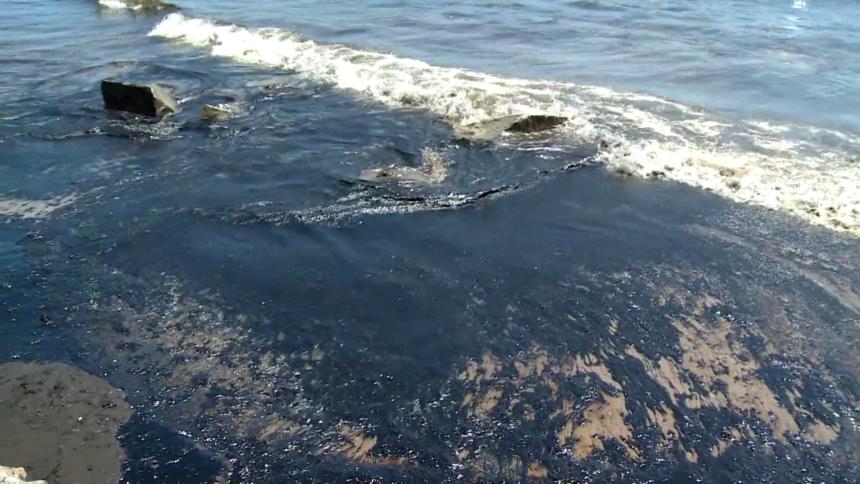 Refugio Oil Spill - 22s728