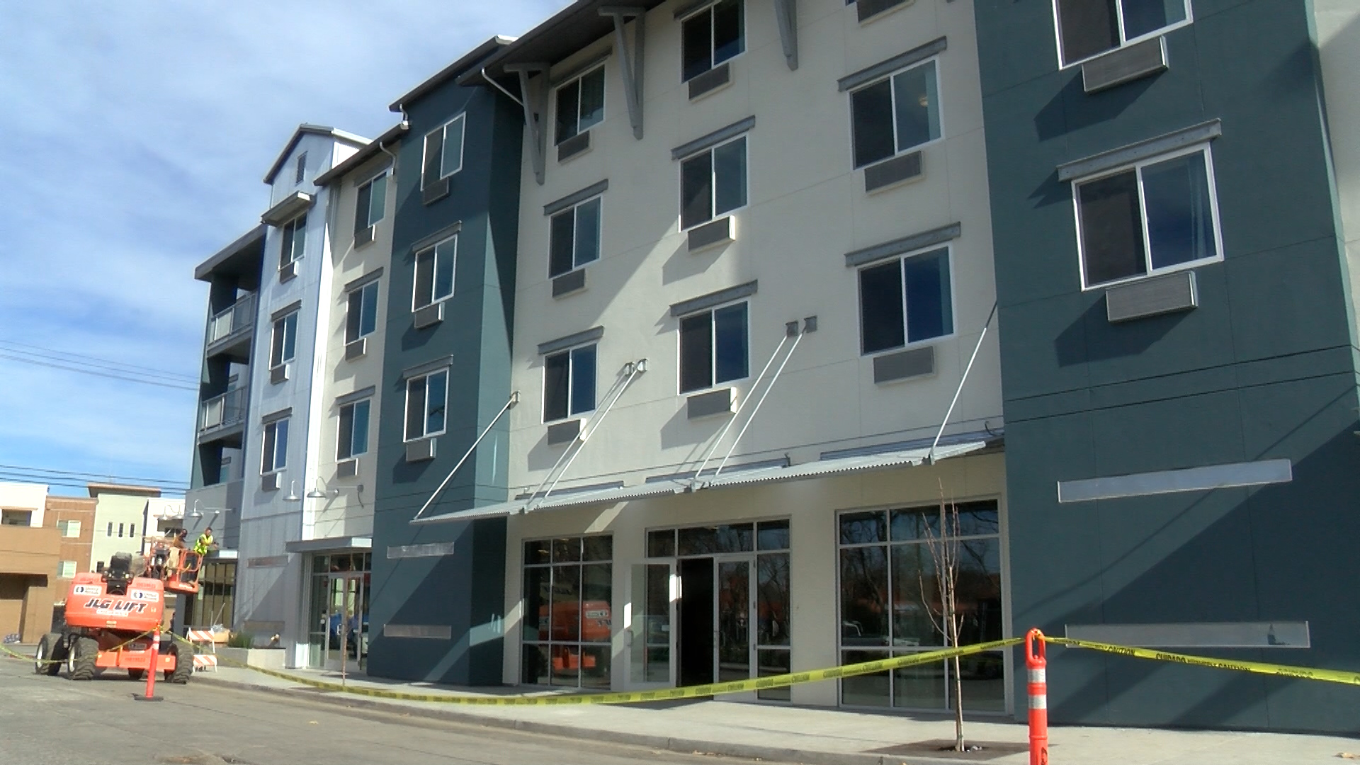 Moon Gate Plaza taking in new residents in Salinas