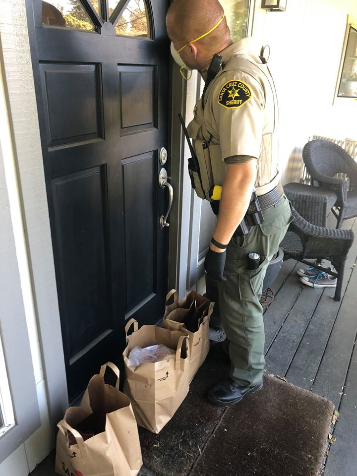 deputies get groceries