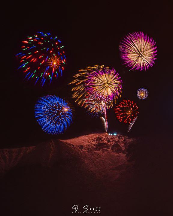 daniel forster fireworks nye