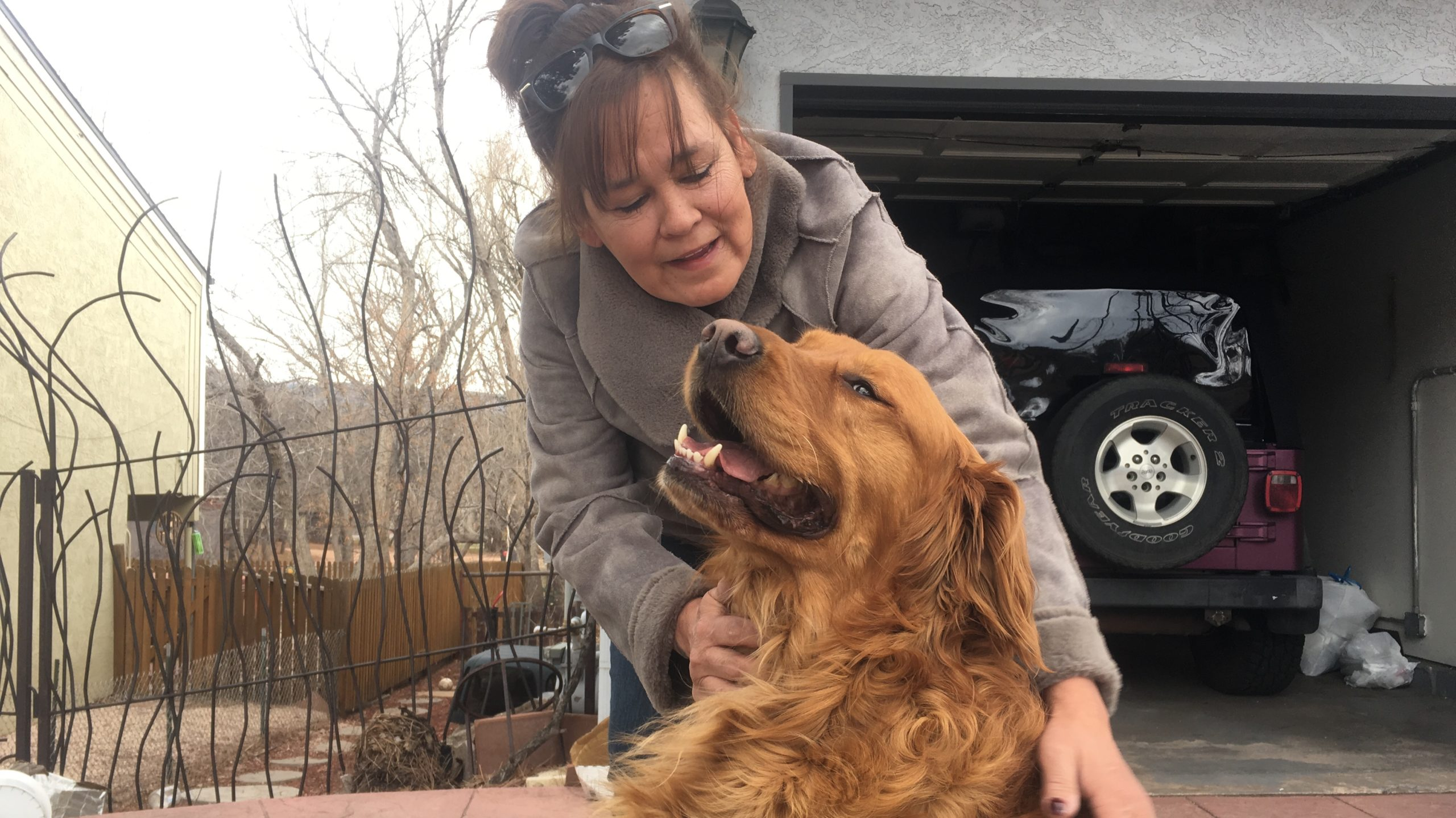 Karen and Sunny, the dog who delivers groceries