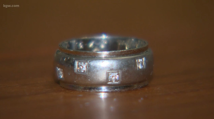 Lost found wedding ring KGW