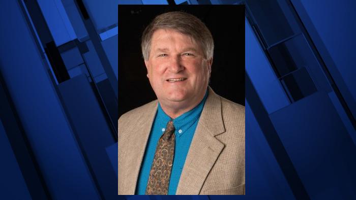 Deschutes County Commissioner Phil Henderson