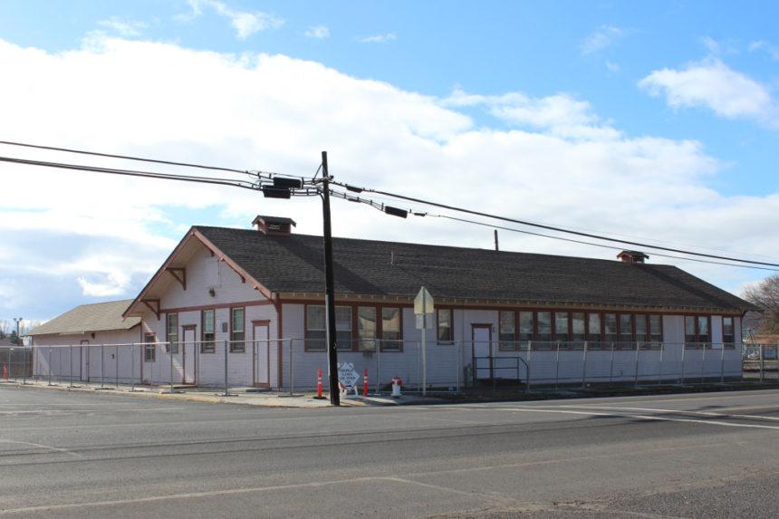 Former Pioneer HS building Prineville