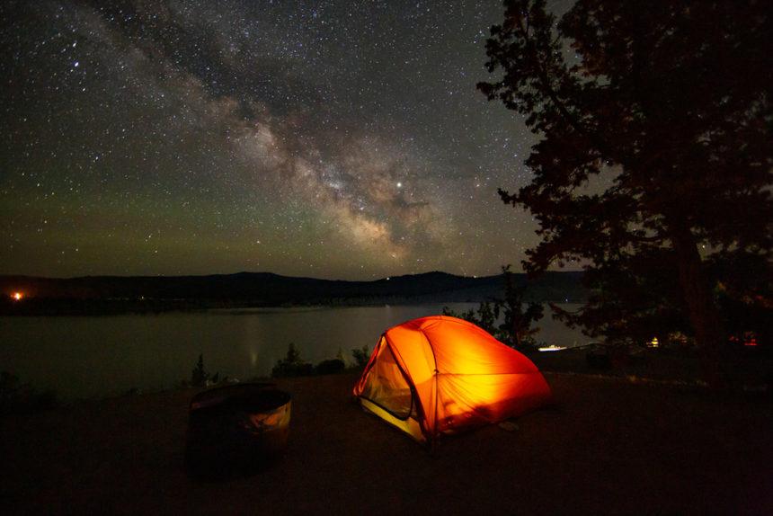 Night camping Prineville Reservoir State Park