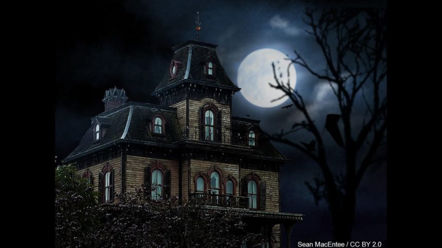 haunted-house-halloween