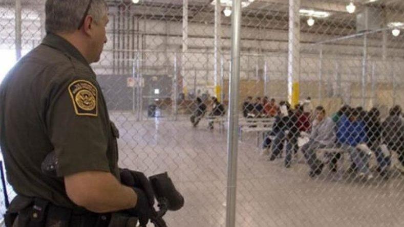 tucson-migrant-detention-cbp