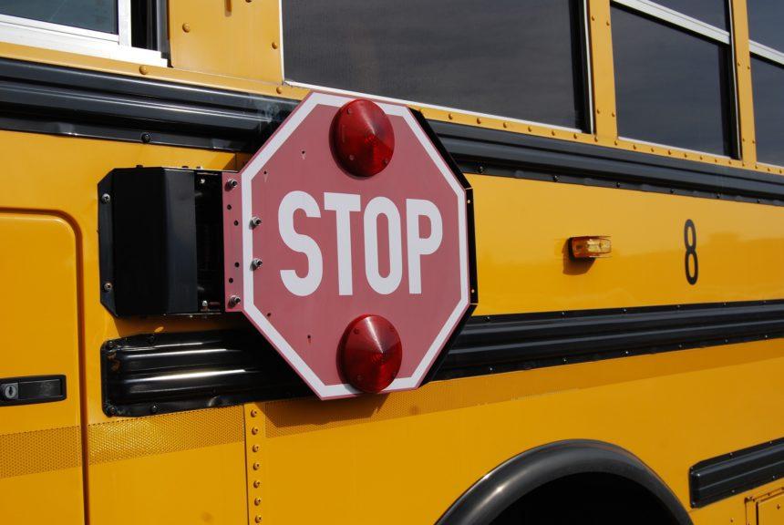 bus-1098970_1920