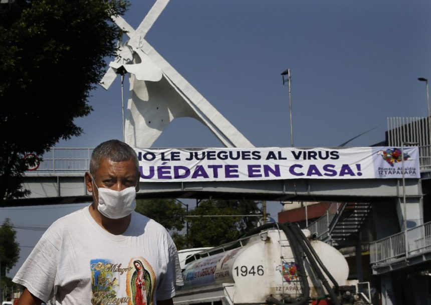 In Mexico, beach towns block themselves off because of virus - KYMA