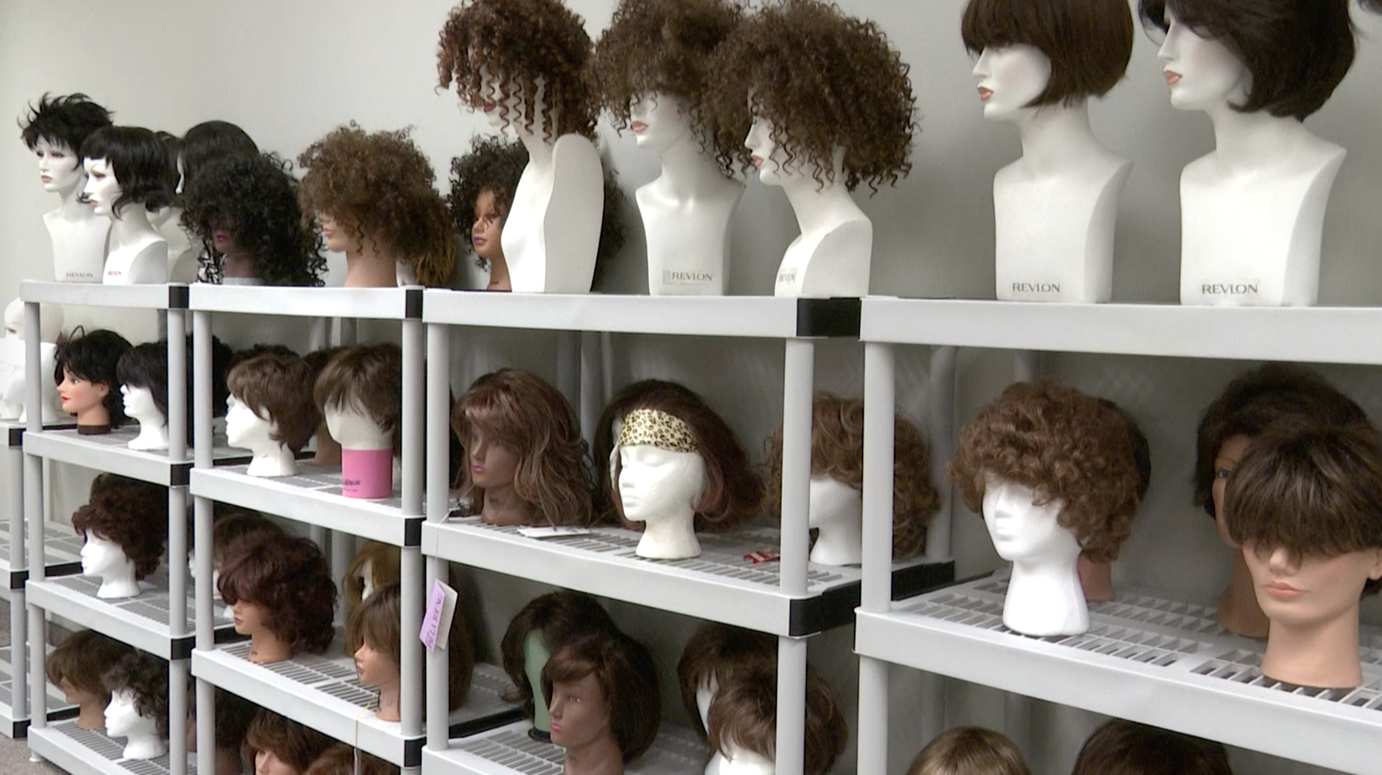 isu hair loft, wigs