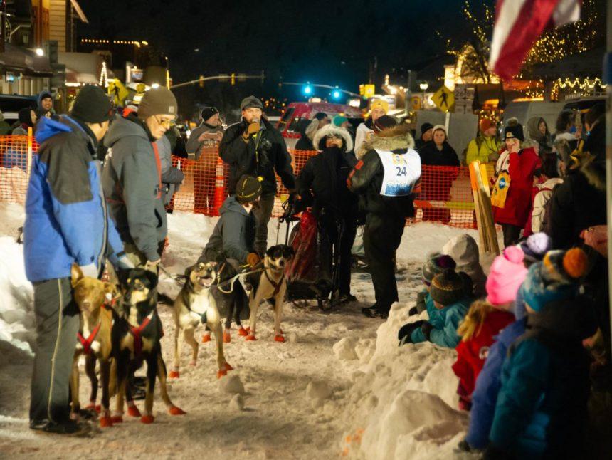 sled dog start